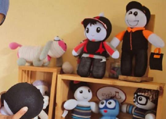 Bisnis Boneka Kaos Kaki - Usaha Sampingan Bagi Mahasiswa Yang Menjanjikan Dengan Modal Kecil